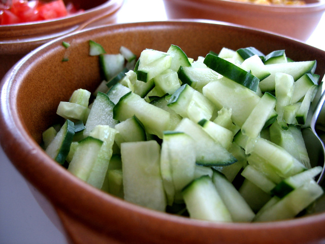 chopped-cucumber-1327726-640x480