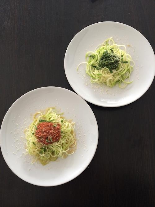 Spaghetti-courgette-Tomates-et-Pesto